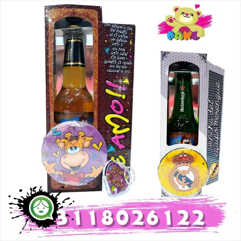 Kit de cerveza y botón con un lindo detalle.